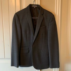 Express Men's charcoal Gray suit (pants included)